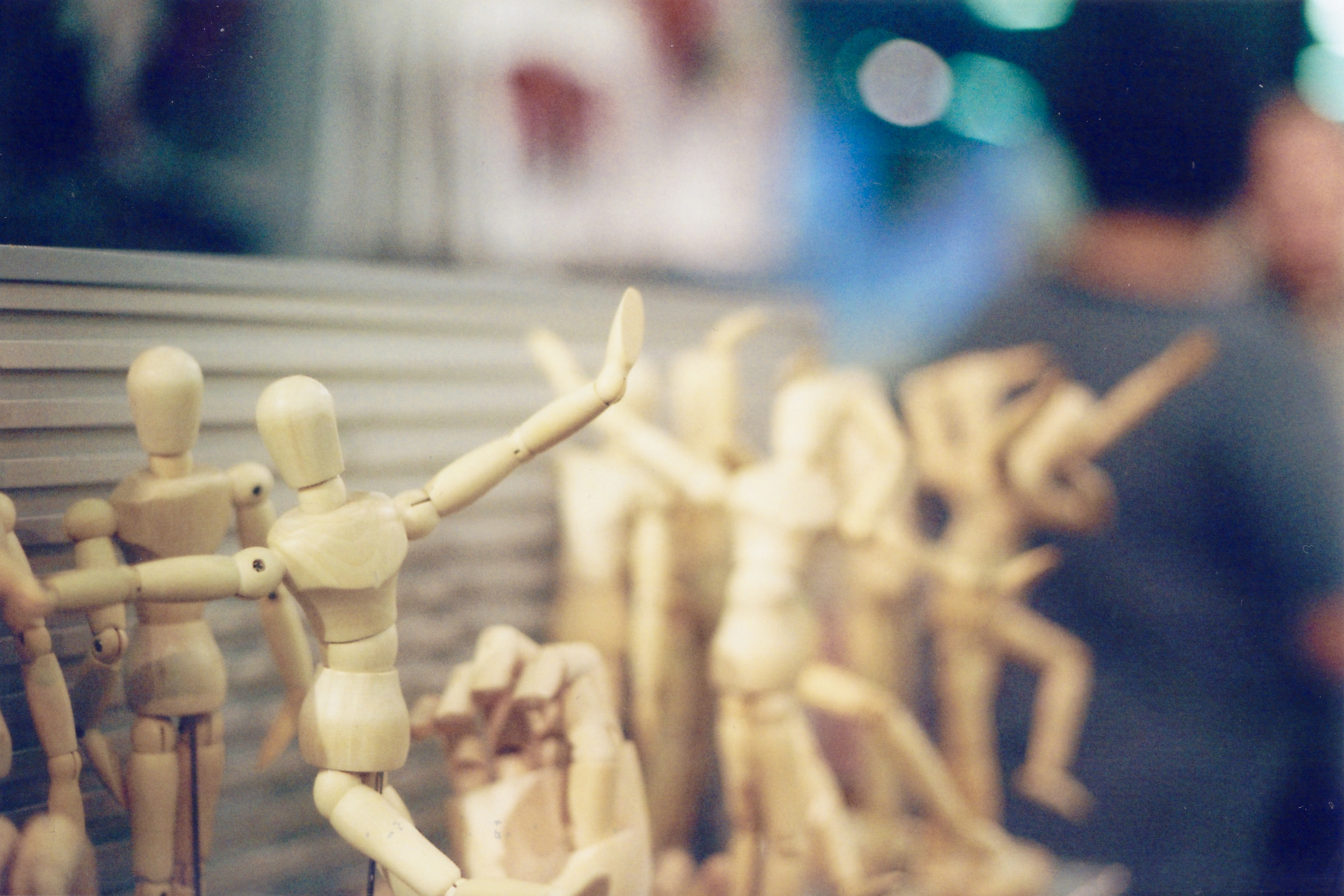 Wood figures shot on canon ae-1 50mm tomography colour print iso400 film